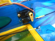 GeeBee 600mm rudder servos